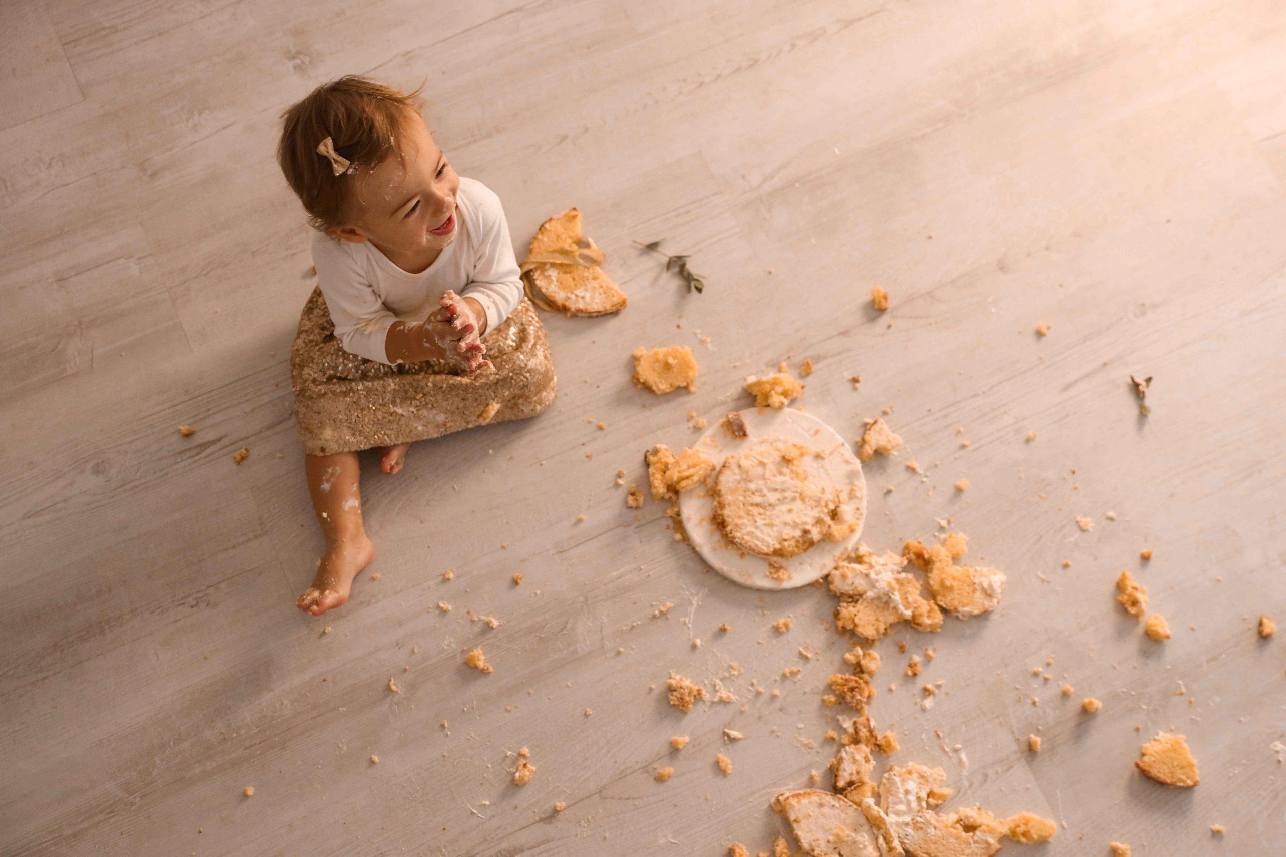 photo enfant smash the cake