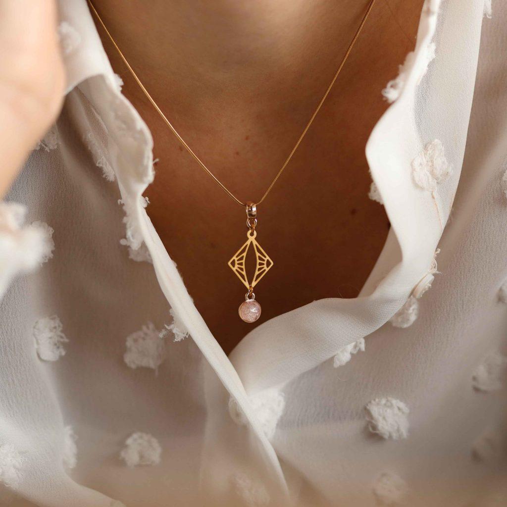 photographe entreprise bijoux collier